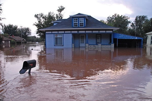 5 Electrical Safety Tips for Homeowners During a Flood