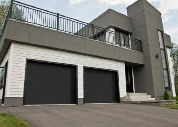 Tips On Choosing The Right Commercial Garage Door